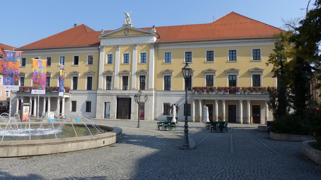 Theater Bismarckplatz